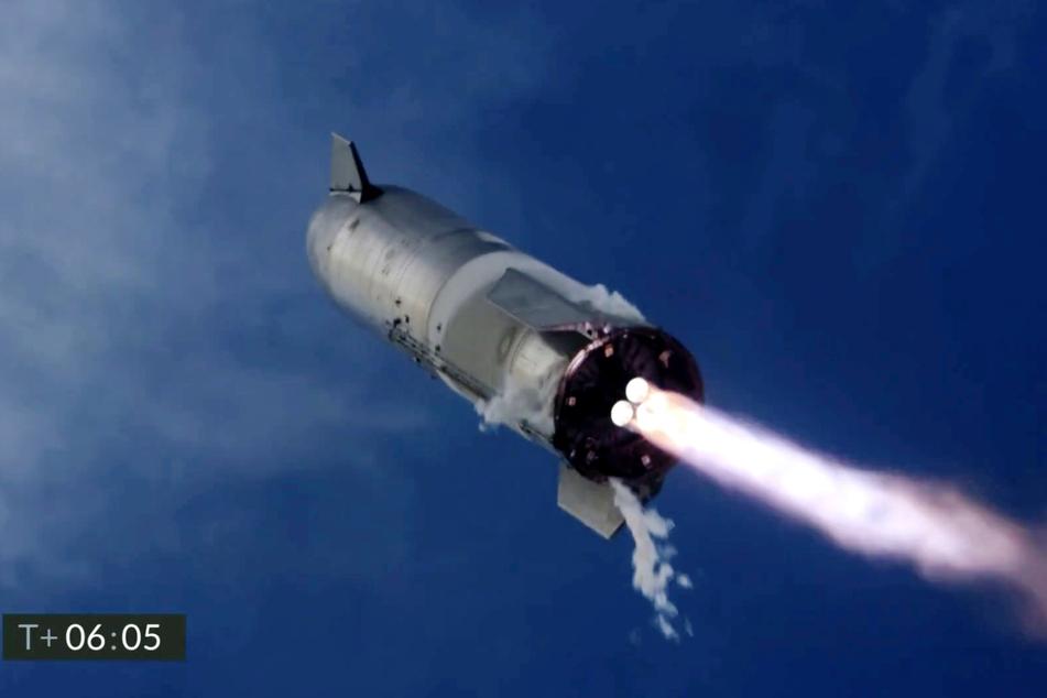 """Die """"Starship""""-Rakete von SpaceX legte eine saubere Landung hin, doch dann ging irgendetwas schief."""