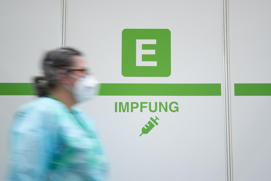 Weil nicht alle Impftermine eingehalten werden, soll es jetzt Plätze für Nachrücker geben.