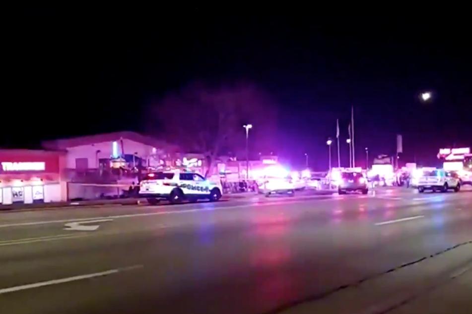 Schüsse auf Bowlingbahn: Drei Tote, darunter wohl auch Teenager