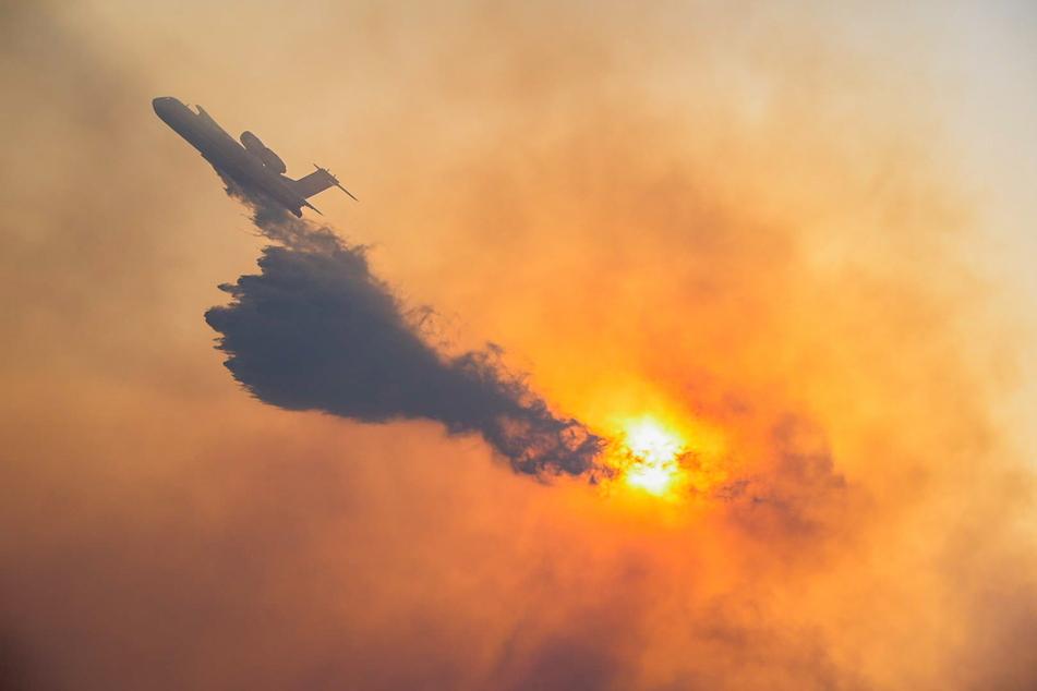 Brände auf griechischer Insel: Hotels und Wohnhäuser geräumt