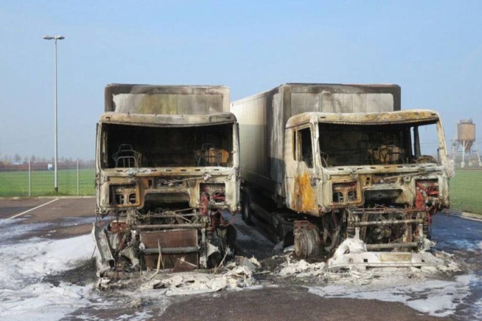 Brandstiftung: Sechs Bundeswehr-Laster abgefackelt