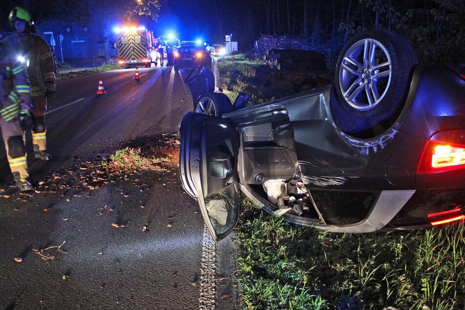 Autofahrerin überschlägt sich: Polizei fahndet nach Geisterfahrer