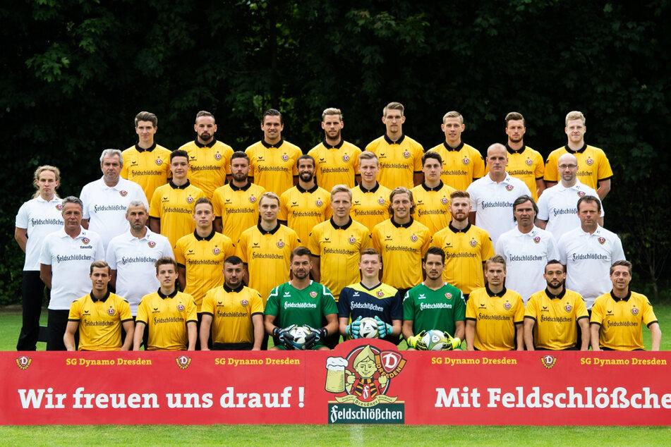 Mathias Fetsch (32, 2. Reihe von unten, 3.v.r.), Luca Dürholtz (27, untere Reihe, 3.v.r.) und Sinan Tekerci (27, untere Reihe, l.) spielten von Sommer 2014 bis Januar 2016 zusammen bei Dynamo Dresden.