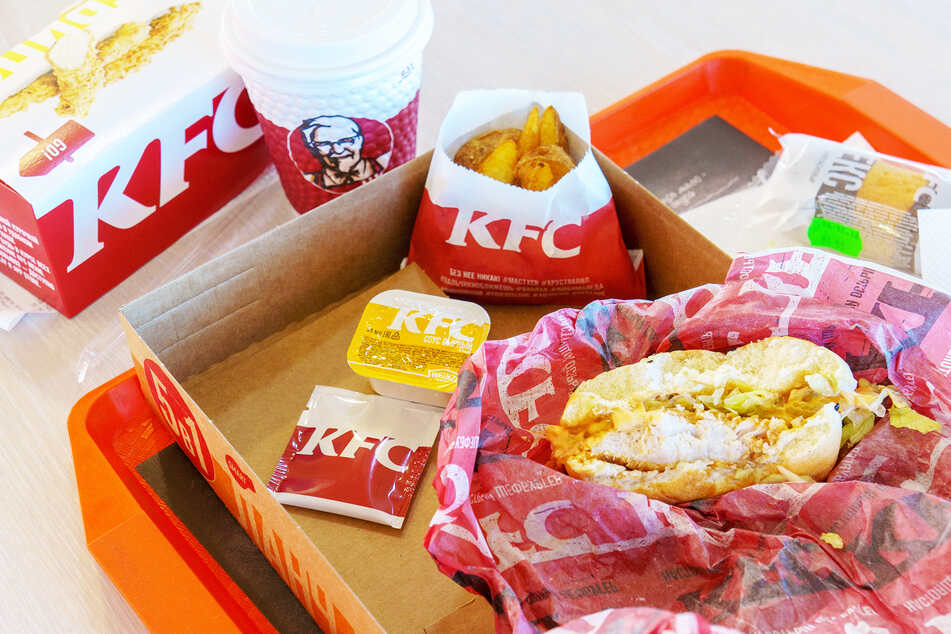 Geburtstagsparty während Kontaktverbots fliegt wegen Fast-Food-Bestellung auf