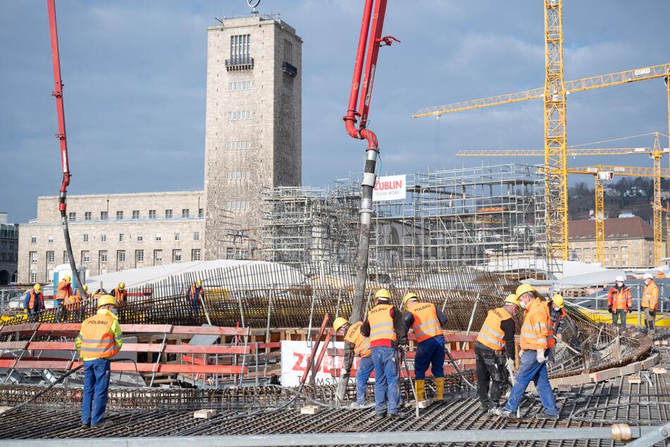 Nächster Meilenstein für Stuttgart 21: Stütze der neuen Bahnhofshalle betoniert