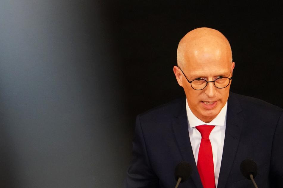 Hamburg: Niedrige Zahlen: Hamburger Senat berät über Lockerung der Maskenpflicht!