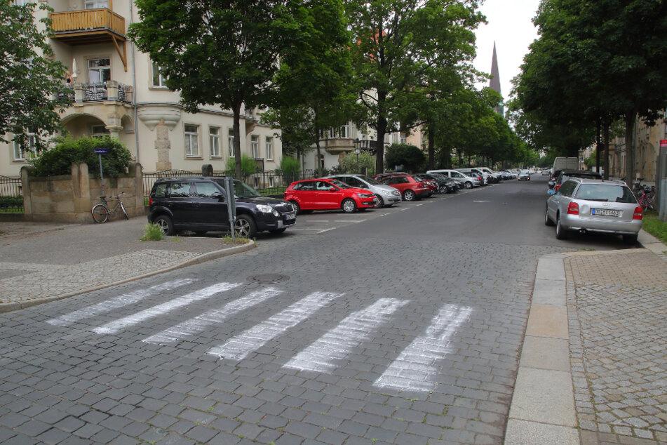 Der falsche Zebrastreifen auf der Krenkelstraße.