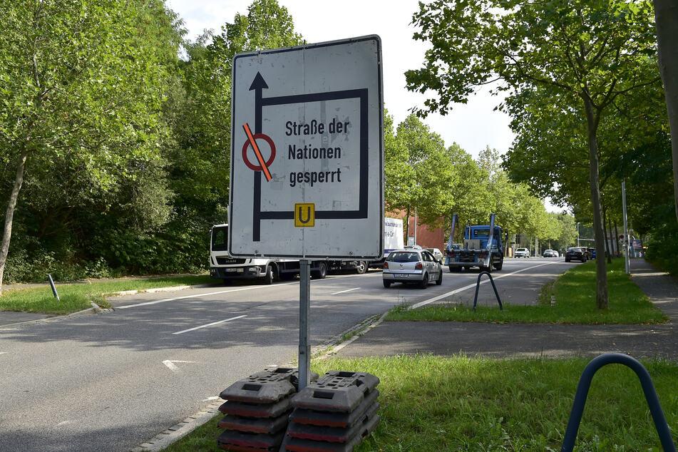 Kein Durchkommen auf der Straße der Nationen. Die Vollsperrung wurde bis Ende Juni verlängert. (Archivbild)