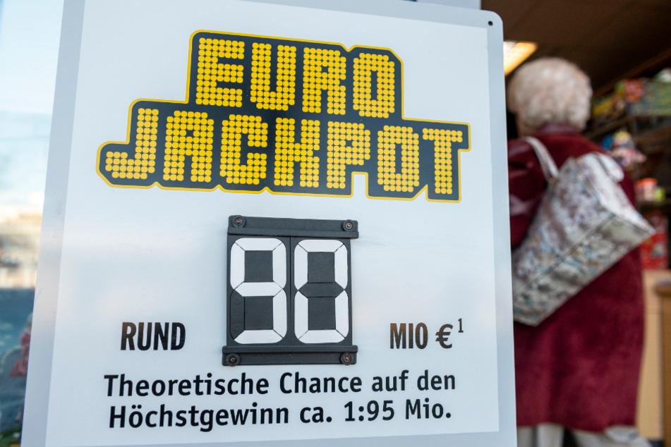 90 Millionen Eurojackpot geknackt: Junger Mann aus Nordbayern ist der Glückliche
