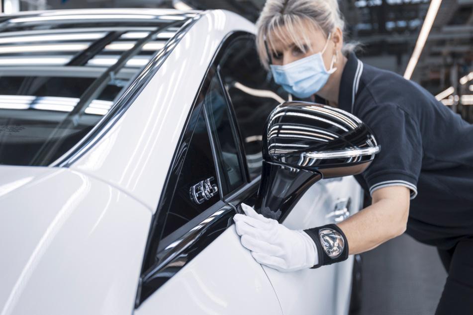 Mercedes startet Serienproduktion des EQS: Dritte Schicht ab Juli