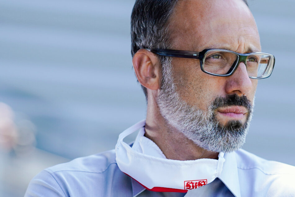 VfB-Coach Pellegrino Matarazzo (42) braucht schnell Lösungen für die Probleme des VfB.