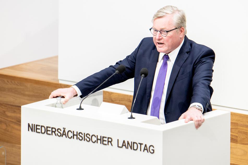Der niedersächsische CDU-Vorsitzende Bernd Althusmann (54) hat zu einer Online-Beratungen über die K-Frage zusammengerufen.