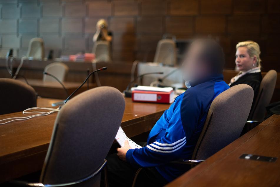 Köln: Mitarbeiter der Stadt Köln erstochen: Angeklagter spricht von Notwehr