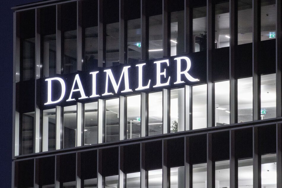 Wegen Corona-Einbrüchen: Daimler fährt Arbeitszeit runter und streicht Prämie