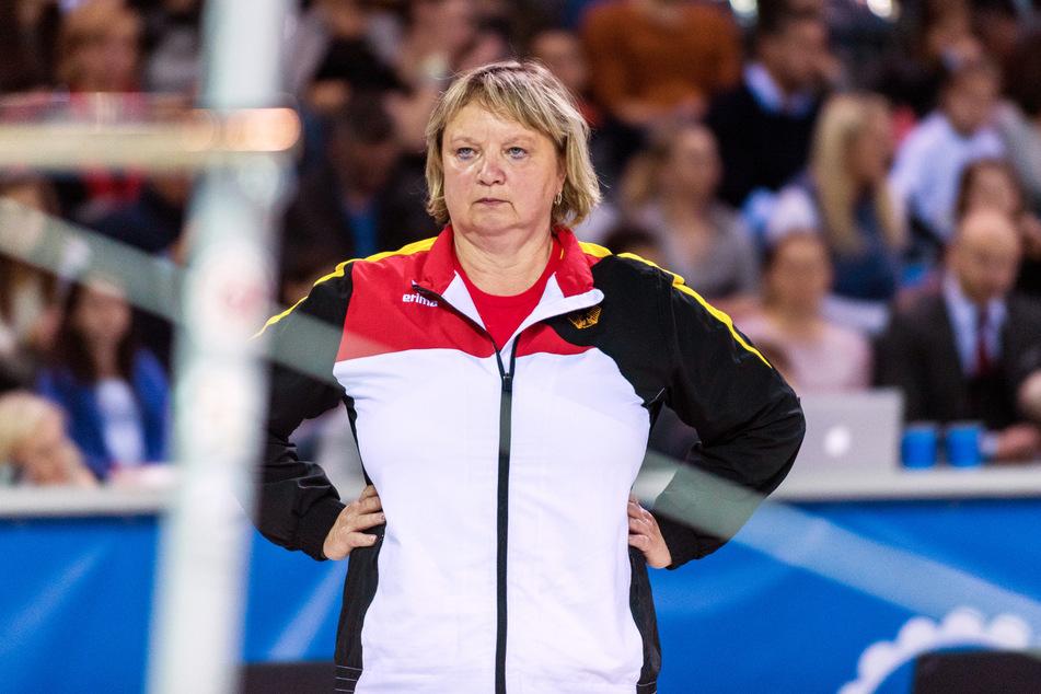 Die Chemnitzer Turn-Trainerin Gabriele Frehse (60) bekommt nun Unterstützung von drei Chemnitzer Olympia-Kandidatinnen. Sie starteten eine Spendenaktion.