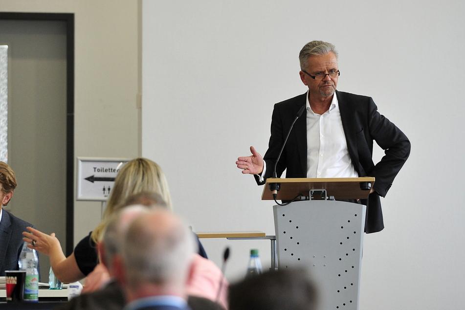 Harsche Kritik am Rathaus: CDU-Fraktions-Chef Tino Fritzsche (58).