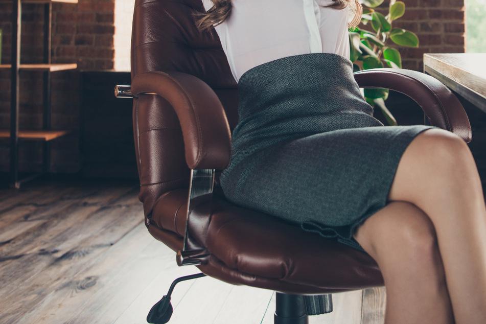 Für eine Bürokauffrau wurde der Aufenthalt in ihrem Büro zum schmerzlichen Erlebnis. (Symbolbild)
