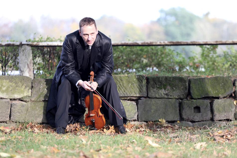 Die Pandemie hat den Musiker an den Rand der Existenznot gebracht.