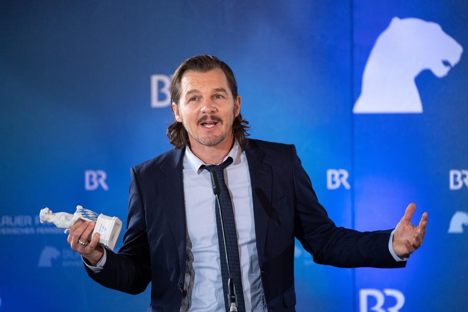 Schauspieler Felix Klare will nach überstandener Corona-Pandemie eine Party schmeißen.