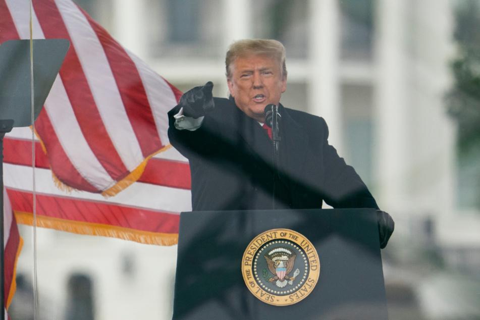 Trump heizte die Menge am 6. Januar so sehr auf, das Hunderte von ihnen das Kapitol stürmten. Es gab mehrere Tote.