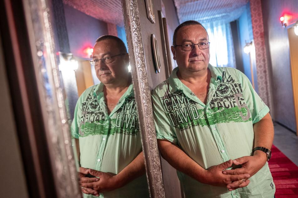Bordell-Betreiber Frank Hilbig (55) vermietete seit zwei Wochen wieder Zimmer.