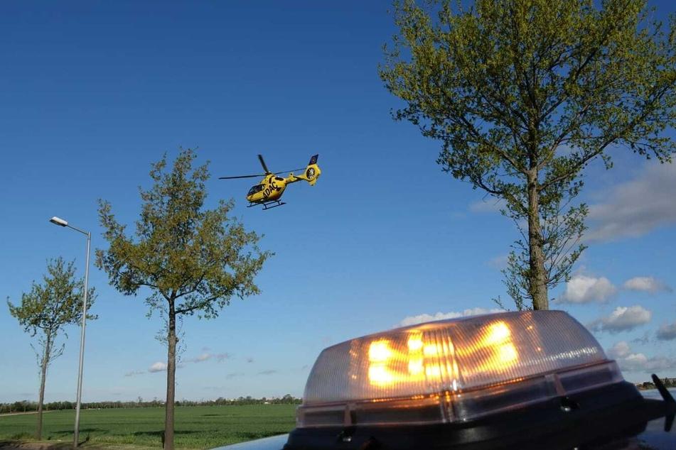 Motorradfahrer stürzt in Kurve: Rettungshubschrauber im Einsatz