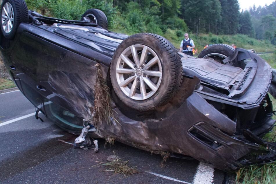 Auto überschlägt sich: 31-Jähriger stirbt