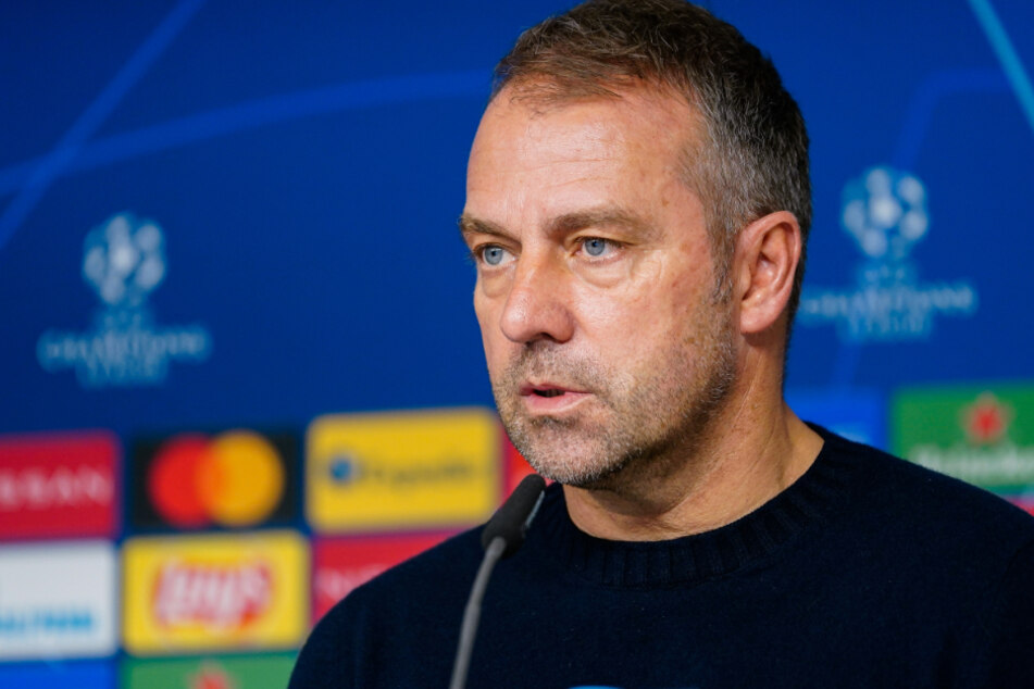 """Hansi Flick (55), Trainer des FC Bayern München, will in der Champions League wegen Personalsorgen """"kreativ"""" sein."""