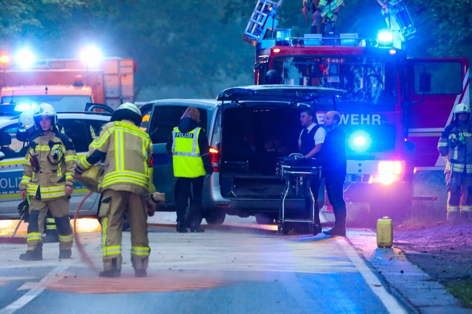 Der Fahrer verstarb noch am Unfallort.