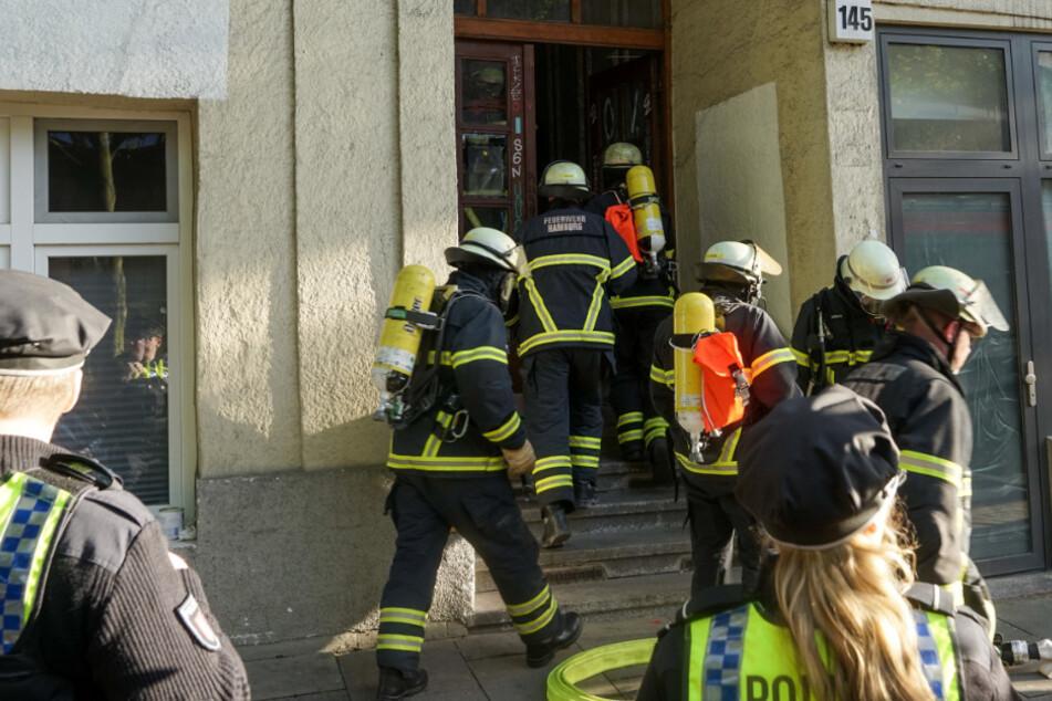 18 Bewohner evakuiert: Putzlappen sorgt für Großeinsatz der Feuerwehr