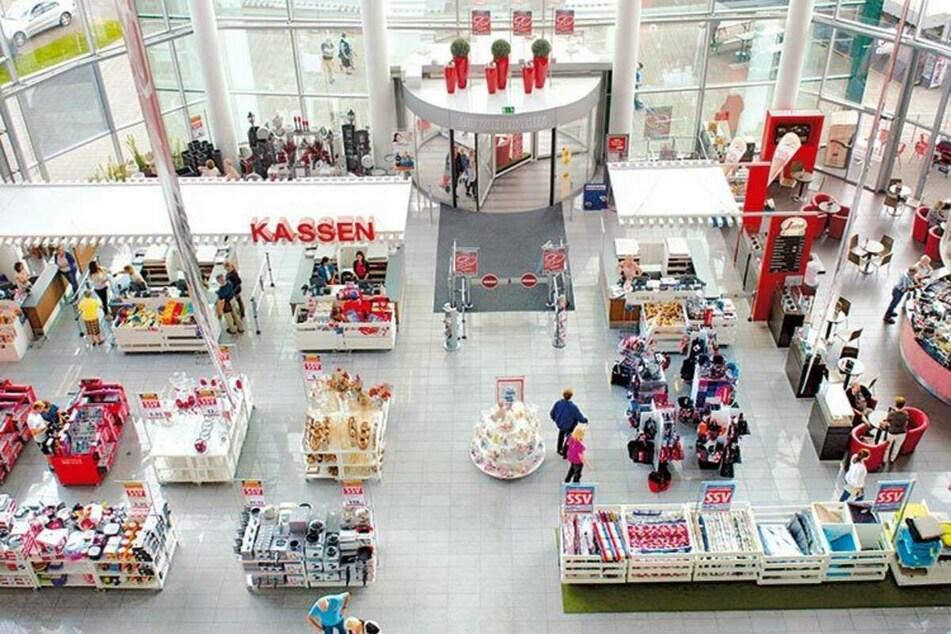 Möbelhaus in Köln wieder offen und startet bis 13.3. eine krasse Aktion