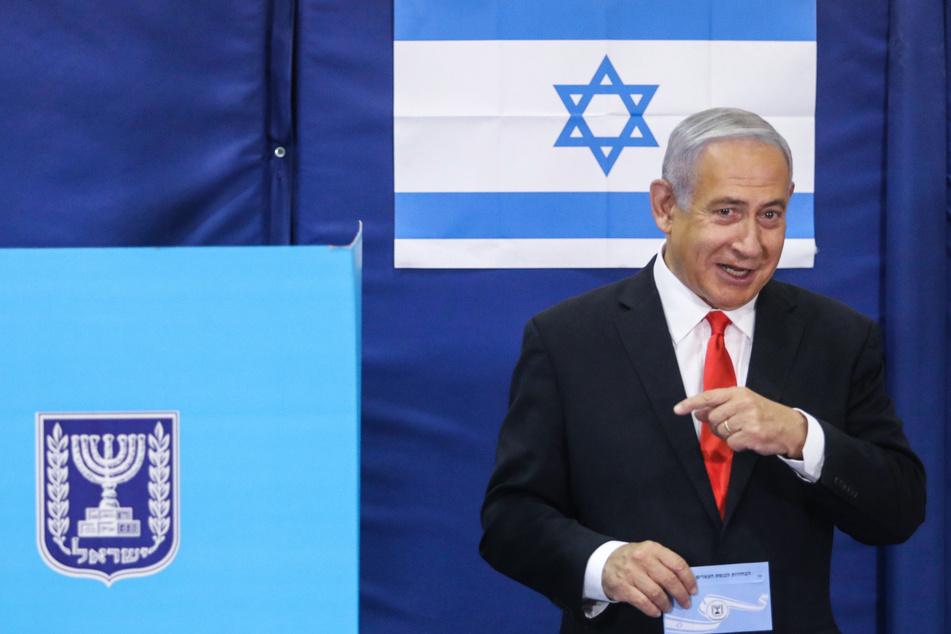 Benjamin Netanjahu, Ministerpräsident von Israel führt sein Land aus der Corona-Krise.