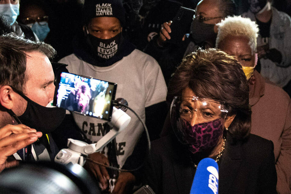 US House rejects GOP effort to censure Maxine Waters over Chauvin trial remarks to protesters