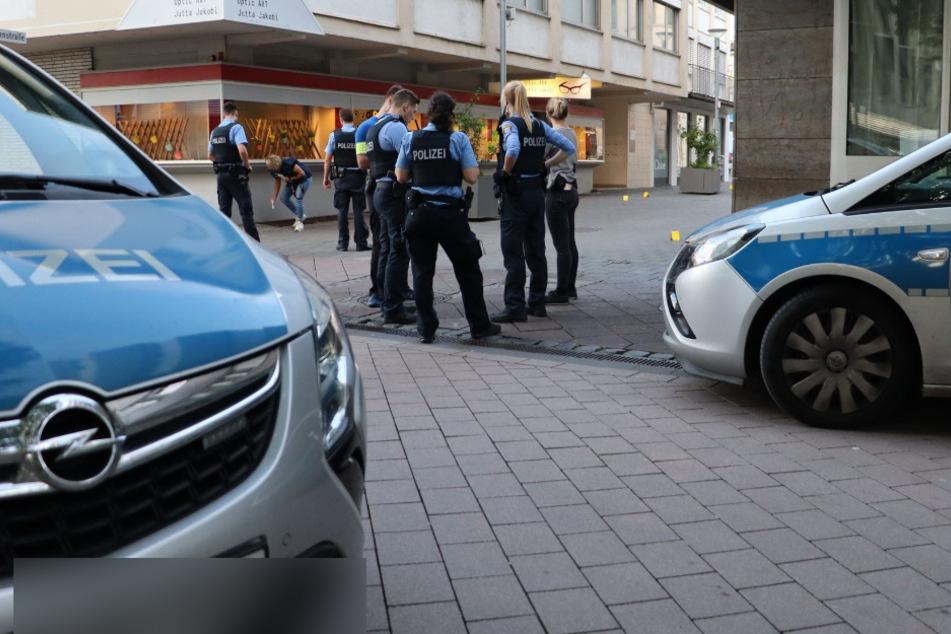 Polizei-Großeinsatz nach Messerstecherei in Rüsselsheim: Zwei Verletzte