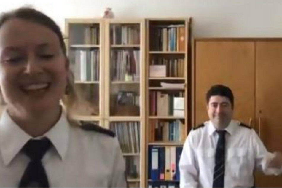 Polizei Brandenburg teilt skurriles Video auf Twitter und das Netz eskaliert