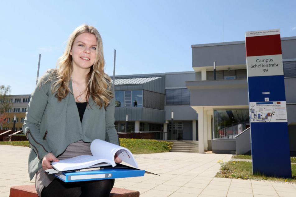 Doktorandin Sarah Deterling (25, WHZ) ist überzeugt: Holzverbrennung verstärkt den Klimawandel.