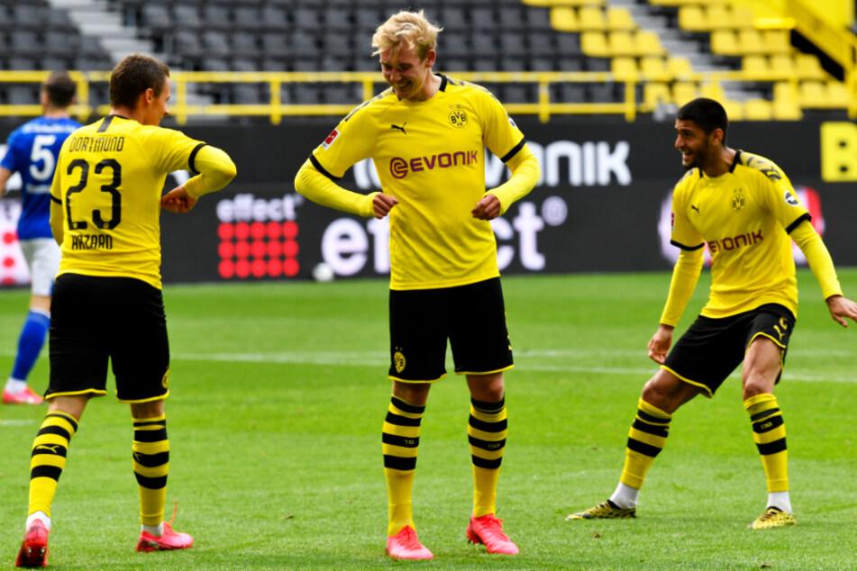 Julian Brandt (M.) machte ein überragendes Spiel. Nahezu jeder Angriff lief über ihn, an allen vier Toren war er direkt beteiligt.