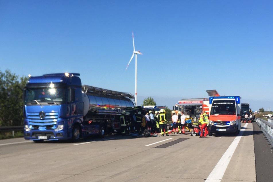Die Unfallaufnahme auf der A9 dauert am Mittwochabend noch an.
