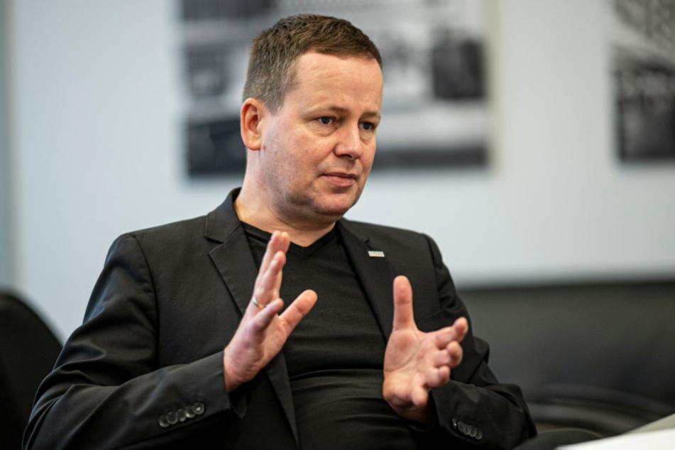 Berlins Kultursenator Klaus Lederer (46, Die Linke) fürchtet auch nach dem Ende der Corona-Krise grundlegende Folgen für die Kulturszene.