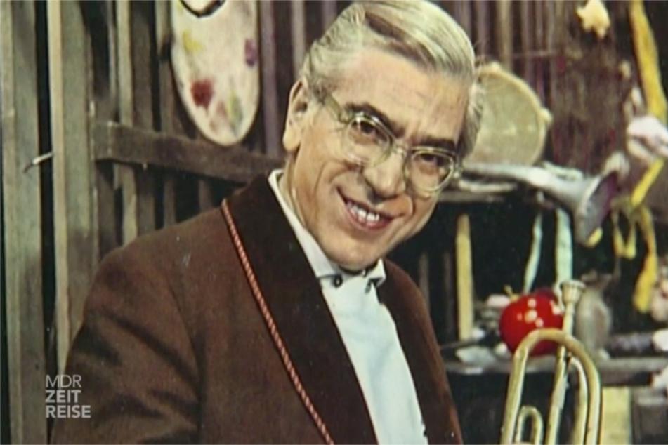 """Die Unterhaltungssendung """"Willi Schwabes Rumpelkammer"""" war zwischen 1955 und 1990 der Dauerbrenner unter den DDR-Bürgern – alle liebten den Schauspieler."""