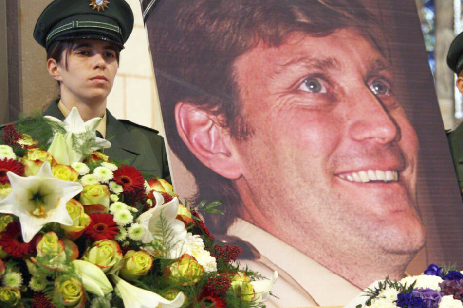 Familienvater und Polizist Mathias Vieth war in Bayern mit Schnellfeuergewehren umgebracht umgebracht worden. (Archivbild)