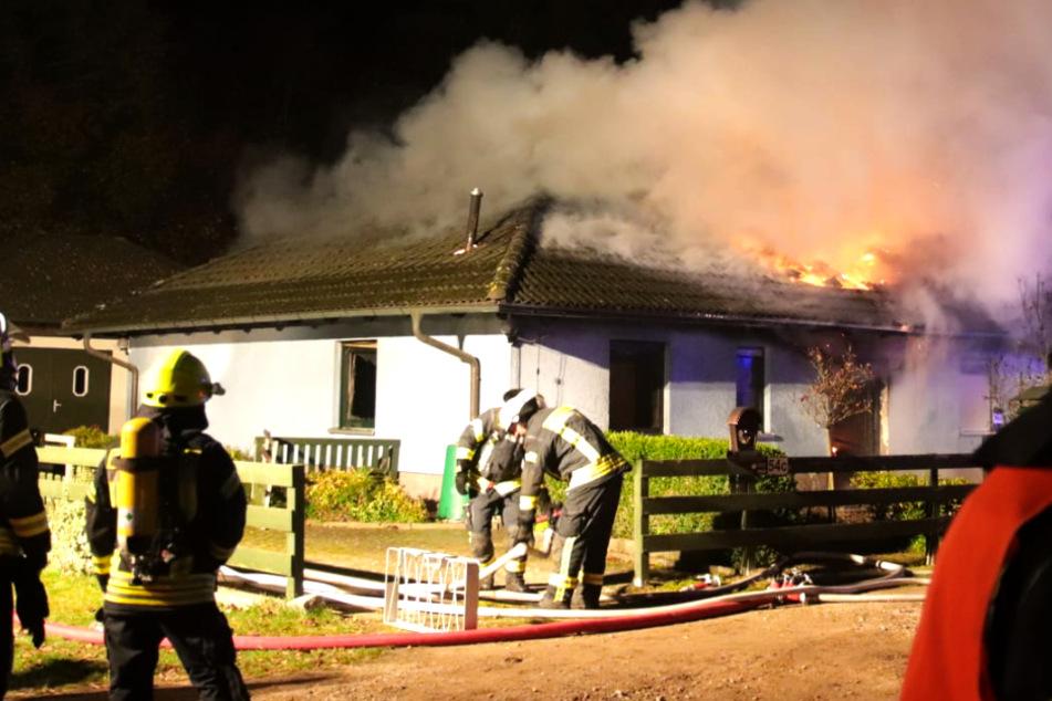 Zwei Tote bei Brand in Einfamilienhaus: Polizei will DNA auswerten!