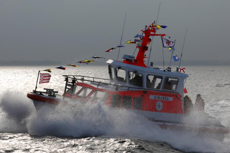 Zwei Teenager aus der Ostsee gerettet