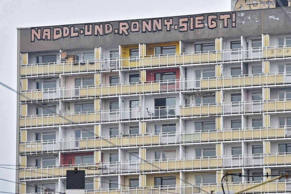 """Zu DDR-Zeiten """"siegte"""" am Haus der Sozialismus, 2019 waren es """"Naddl und Ronny""""."""