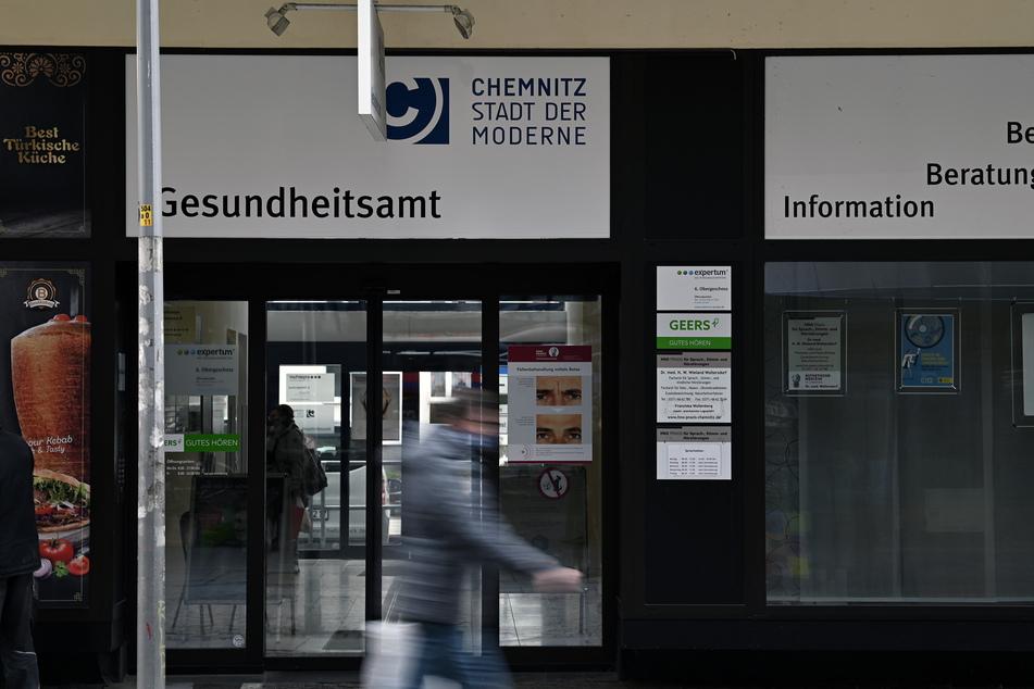 Nach der Panne bekommt das Gesundheitsamt unter anderem Hilfe von der Bundeswehr.