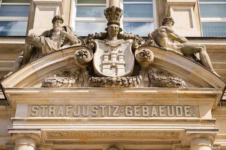 Der Prozess findet vor dem Hamburger Landgericht statt. (Archivbild)