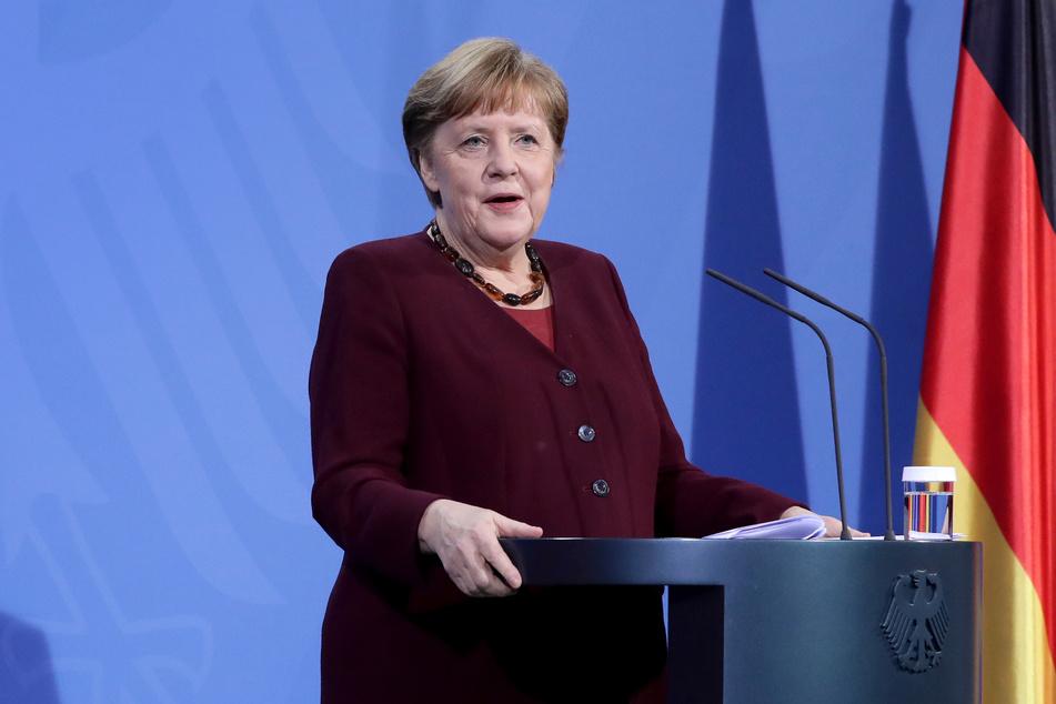 Kanzlerin Merkel (66, CDU) will offenbar einen harten Lockdown.