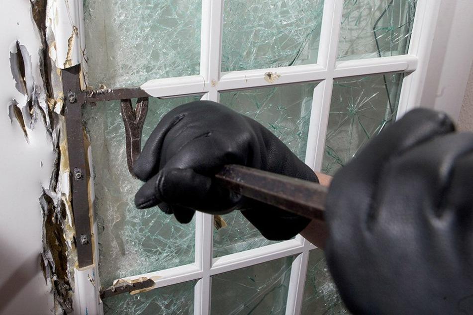 Der Verdächtige (33) soll in mehr als 80 Gebäude eingebrochen sein. (Symbolbild)