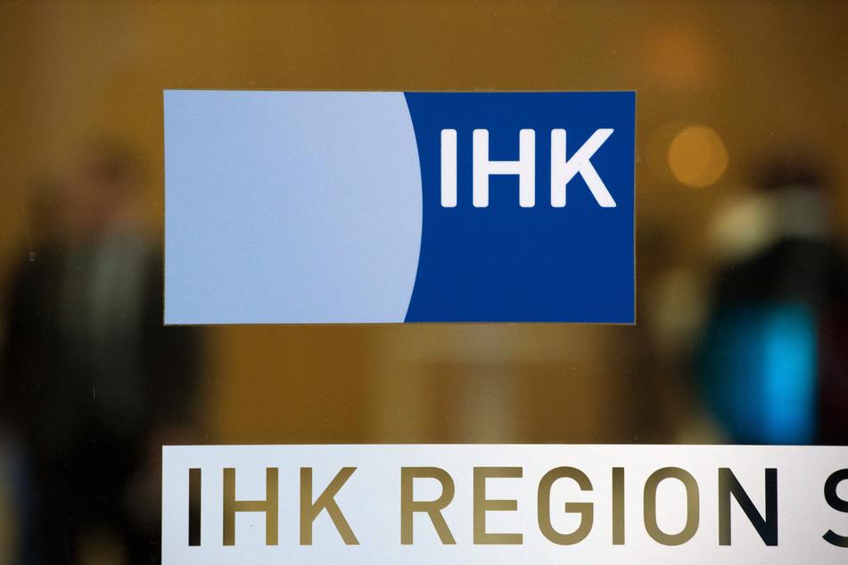 Das Logo der Industrie- und Handelskammer (IHK).