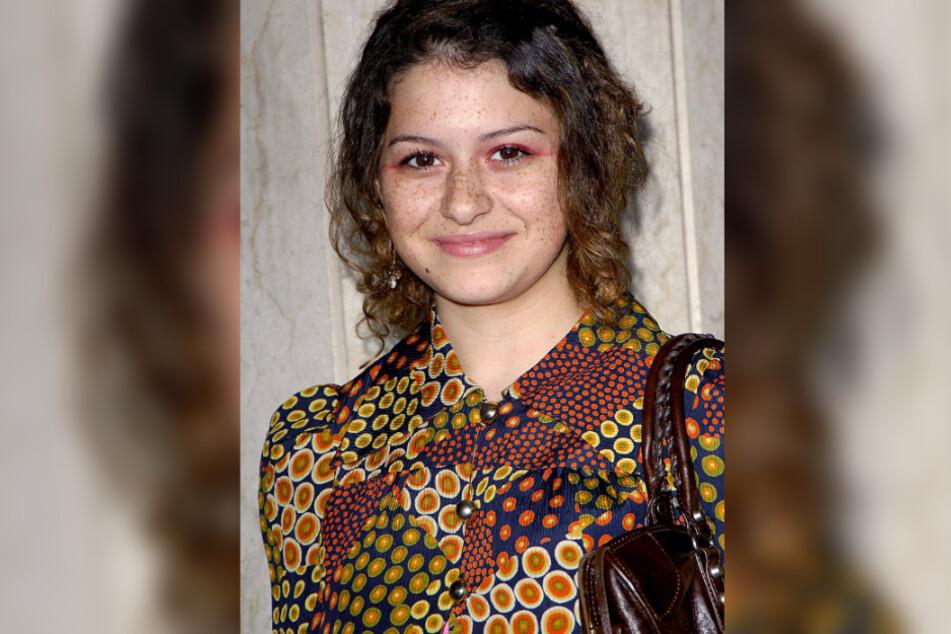 Alia Shawkat (31).